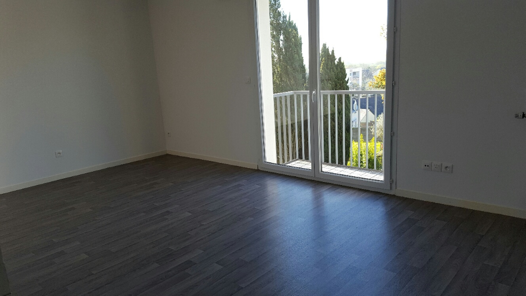 Appartement Saint Herblain bourg avec balcon et parking